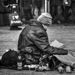 Despullant la pobresa