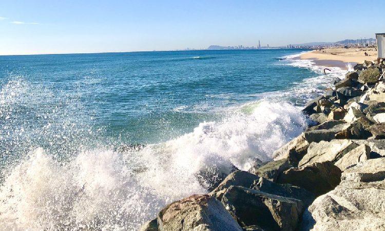 El Senat aposta per replantejar el polèmic projecte per protegir el litoral