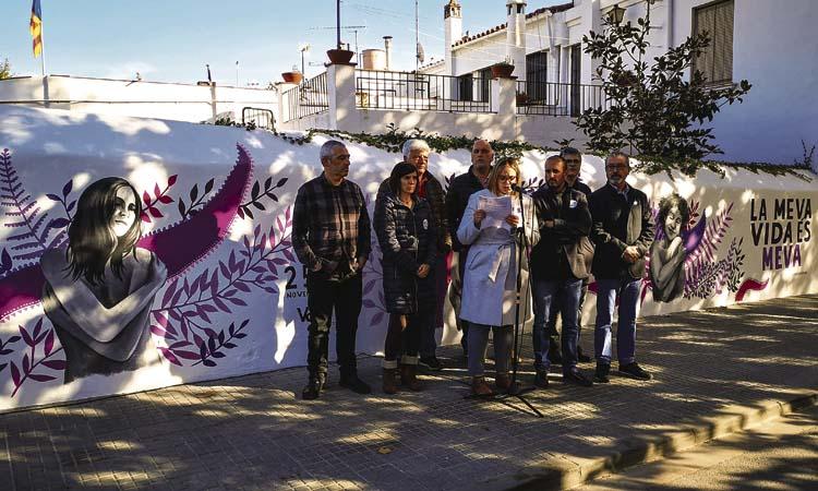 Un mural feminista protagonitza els actes del 25N a Vilassar de Mar