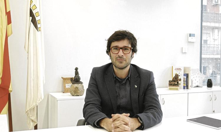 """Rafa Navarro, nou alcalde de Premià de Mar:""""No s'ha negat el padró a ningú"""""""