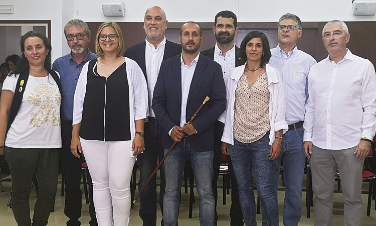 El govern de Vilassar de Mar s'apuja el sou amb l'abstenció de JxCat