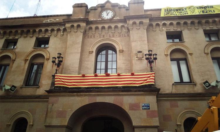 Una jutgessa demana investigar l'alcaldessa de Vilassar de Dalt per malversació