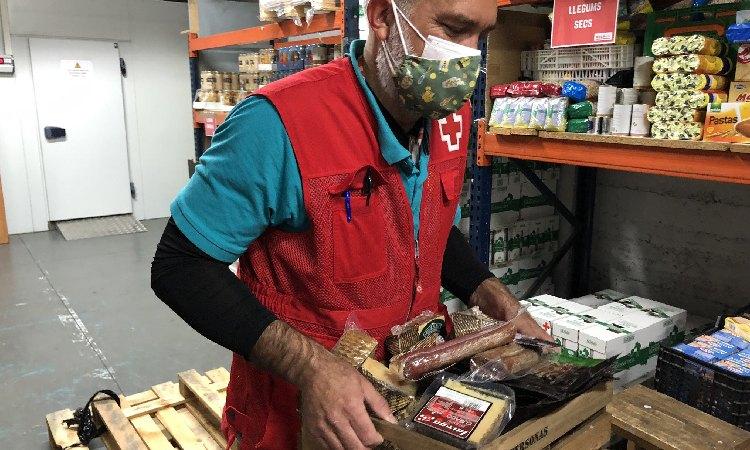 Creu Roja: 10.300 persones vulnerables ateses el 2020 al Barcelonès Nord