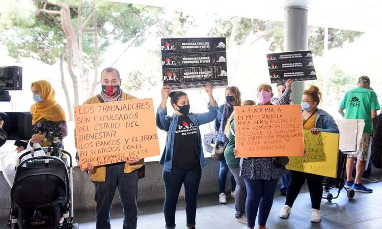 Badalona s'adhereix a dos programes de la Generalitat per reduir la llista d'espera en habitatge