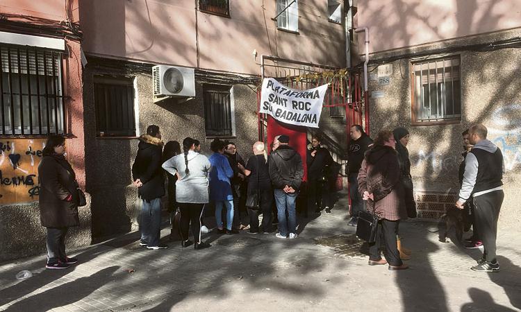 Sant Roc Som Badalona mostra com es viu en un pis ocupat