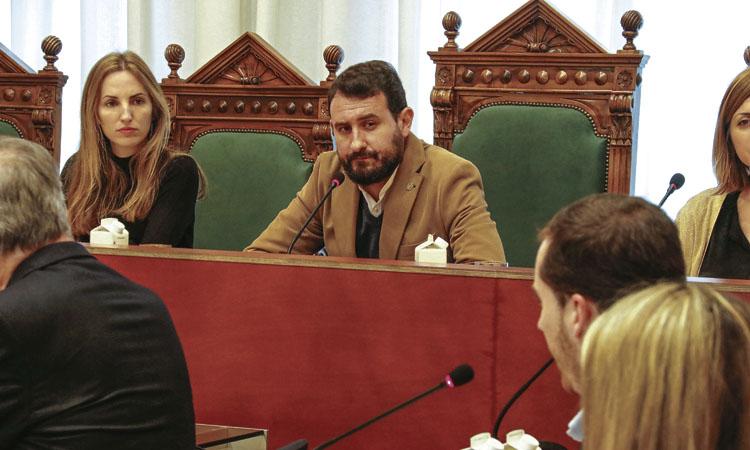Un Ple extraordinari aprova a Badalona les subvencions a entitats