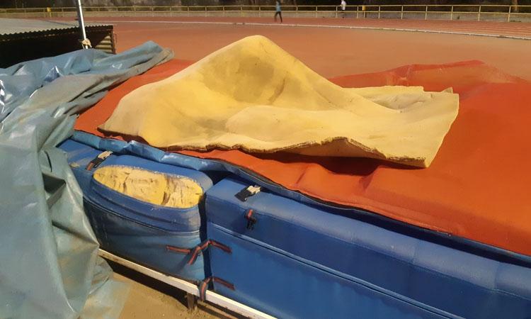 Clubs i Ajuntament de Badalona es reuneixen pels equipaments