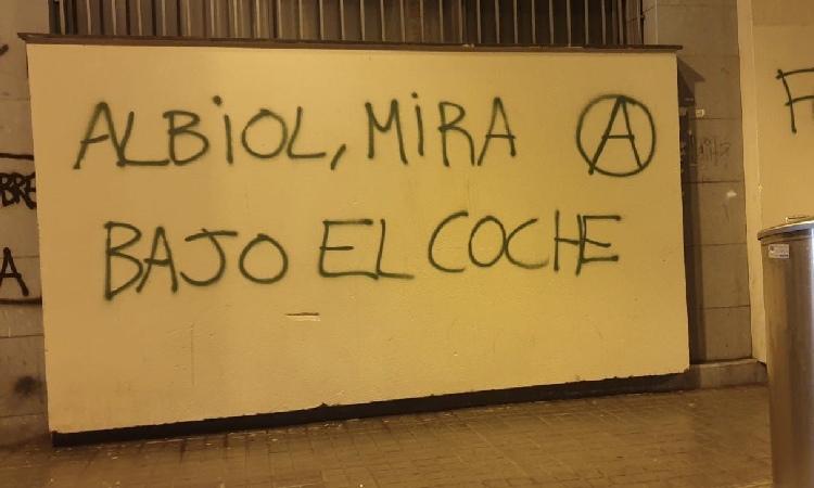 Solidaritat amb Albiol per unes pintades amenaçadores a Badalona