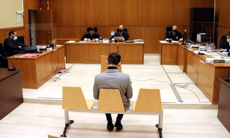 Vivet nega l'agressió a un agent i podria enfrontar-se a cinc anys de presó