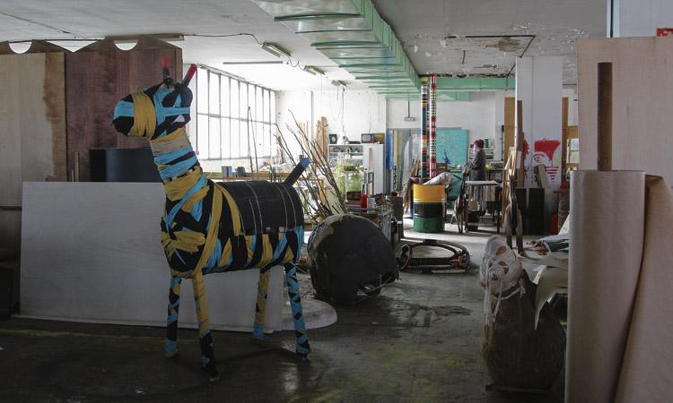 Exili cultural: l'enderroc de la MOBBA expulsa els artistes de Badalona
