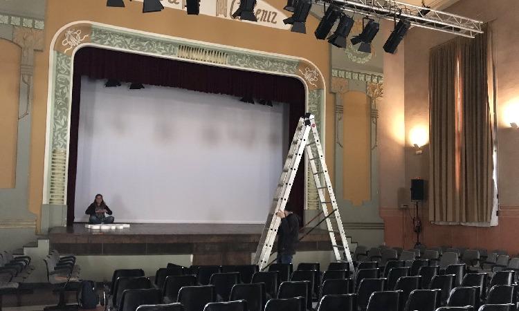 El cine a la Sala Albéniz salta dels pressupostos i es farà amb una subvenció