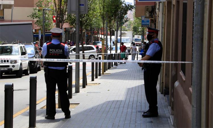 Mor un home i una altra persona resulta ferida greu en una agressió a Santa Coloma