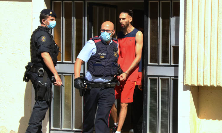Presó per 7 dels 26 detinguts en l'operació contra un clan familiar que controlava la Mina