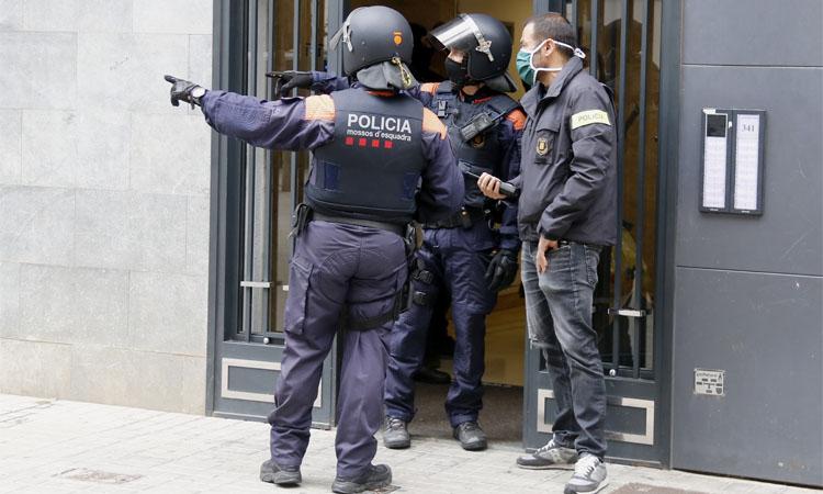 Tres detinguts per la mort d'un home en una agressió a Santa Coloma