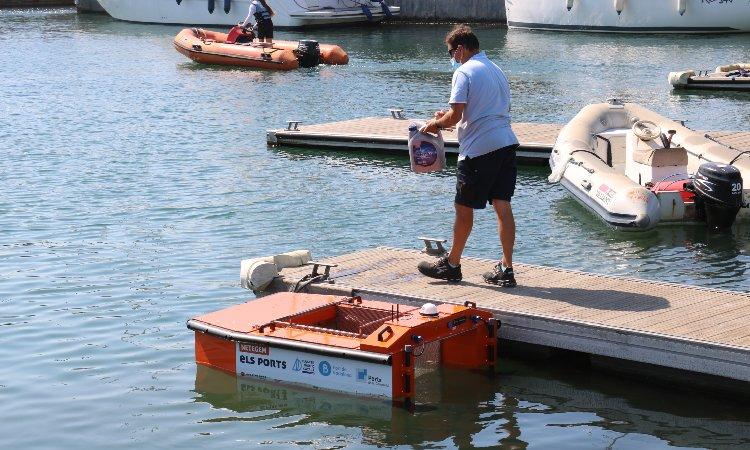 El Port de Badalona, el primer de Catalunya que utilitzarà drons per netejar l'aigua