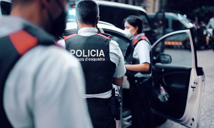 A presó un jove que va cometre tres robatoris violents en un mateix dia a Santa Coloma