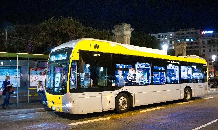 Dues línies de Nitbus incorporen el servei de parada a demanda a Santa Coloma