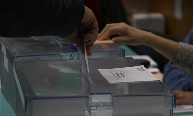 El PSC guanya, però creix Vox a Sant Adrià