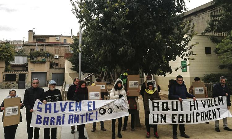 Salvem La Ciutat Vella demana parar l'enderroc de CalCoronel a Santa Coloma