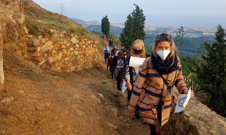 Visita de la consellera Ponsa al poblat ibèric del Puig Castellar, futur patrimoni nacional