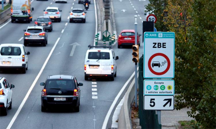 L'AMB tramita prop de 200 autoritzacions diàries per circular per la Zona de Baixes Emissions