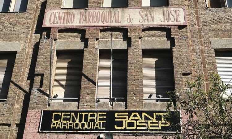 """L'Ajuntament de Badalona precinta el CP Sant Josep per """"ordre administrativa"""""""