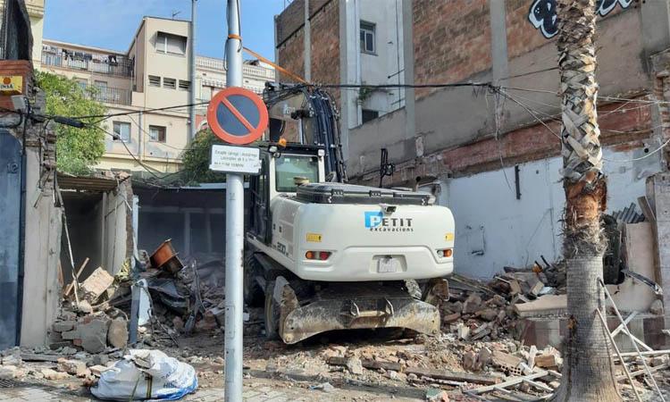 """La demolició de La Colmena per """"seguretat"""" encén les alarmes a Santa Coloma"""