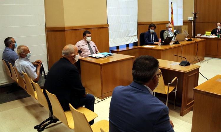 """Sant Adrià en Comú demana """"apartar"""" el regidor imputat pel cas de la vigilància de pisos"""