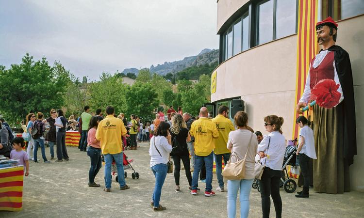 Collbató celebra un Sant Jordi que s'allargarà fins al dia 29