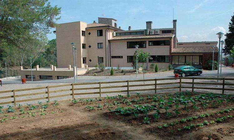 Moren per coronavirus tres usuaris de la llar d'avis Palau de Can Sunyer de Castellví