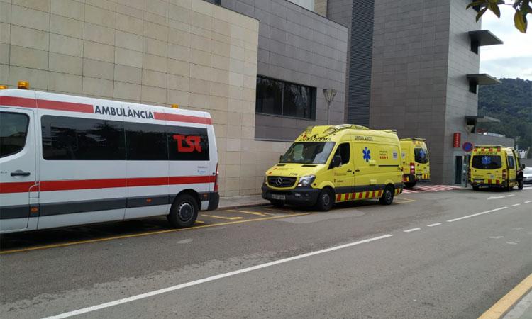 """L'Hospital de Martorell no admet urgències perquè està """"col·lapsat"""""""
