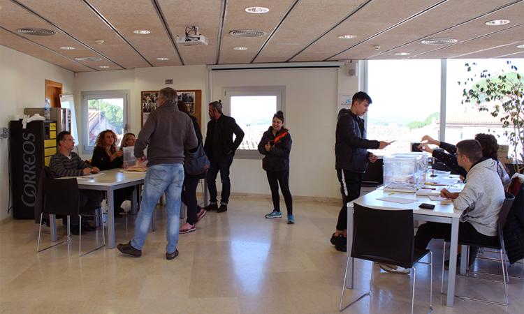 ERC es torna a imposar a Castellví amb millors resultats que el 28A