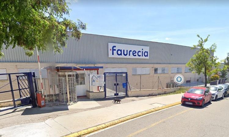 Faurecia vol acomiadar 160 treballadors de la planta d'Abrera