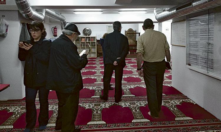 La mesquita del carrer Japó celebra el seu primer any