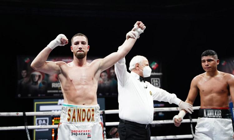 Sandor Martín brilla (i guanya) en el seu únic combat del 2020