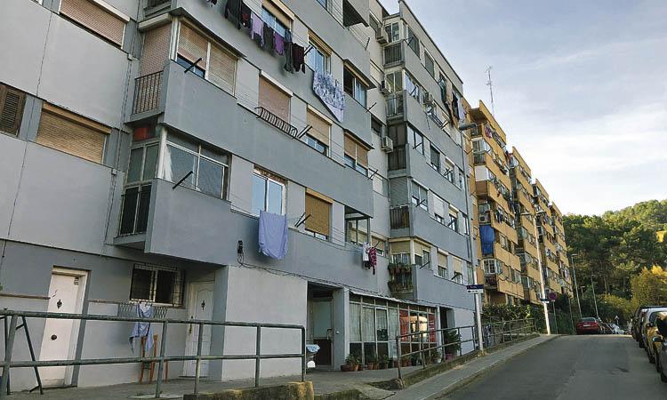 Nou Barris lidera de nou la llista dels barris més pobres