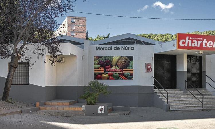 Obre un supermercat a l'antic mercat de Núria