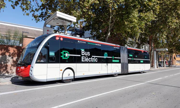 Endesa i TMB completen la primera línia d'autobusos 100% elèctrica