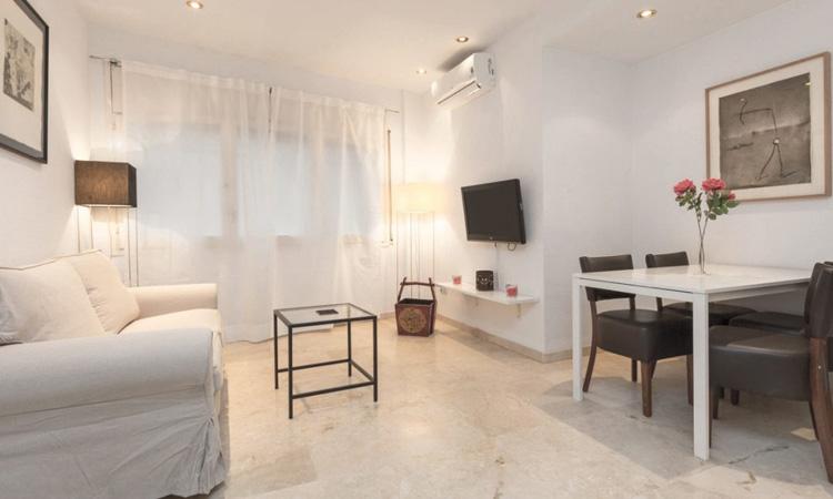 El 40% dels pisos turístics passen a lloguer residencial