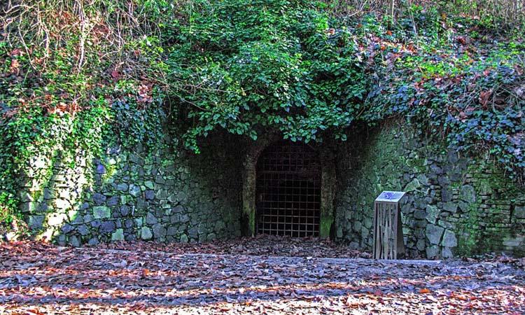 La Mina Grott: el túnel que va transportar aigua i passatgers