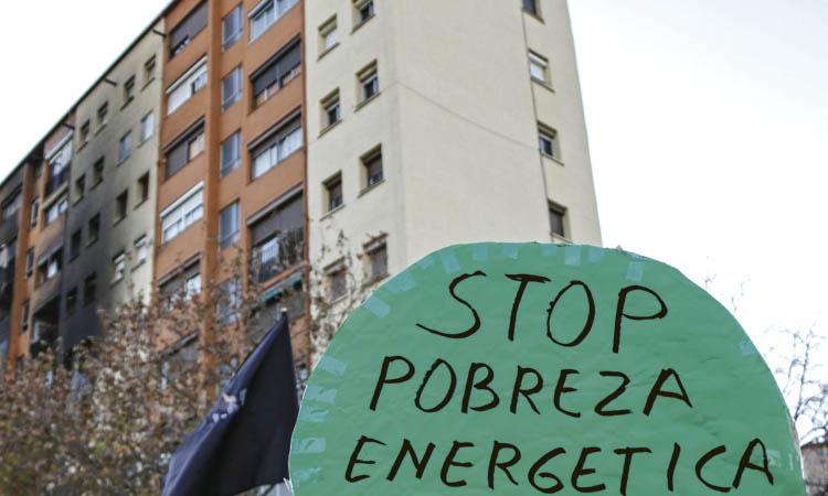 """""""Poso l'estufa molt poc"""": creix la pobresa energètica"""