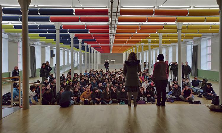 L'Institut Martí Pous ja gaudeix del recinte de la Fabra i Coats