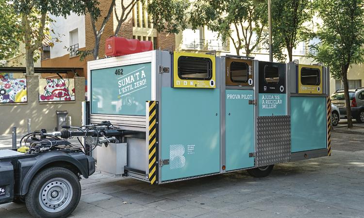 Creix el reciclatge al Bon Pastor gràcies als contenidors mòbils