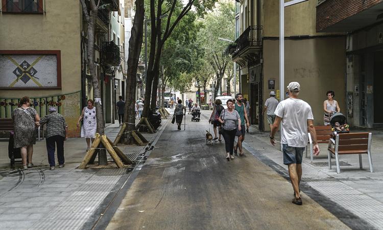 Satisfacció veïnal amb matisos per la reforma del carrer Gran