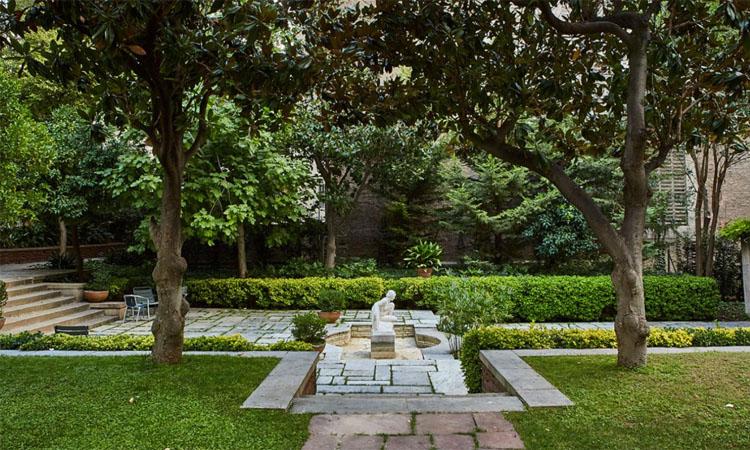 Un petit oasi verd a Sant Gervasi: el jardí de la Fundació Muñoz Ramonet