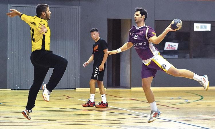 Sant Martí i Poblenou arriben al derbi d'handbol en forma