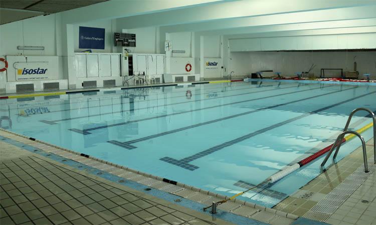 El CNPobleNou demana poder reobrir les piscines
