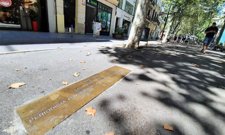 La rambla del Poblenou torna a ser el passeig de la memòria històrica