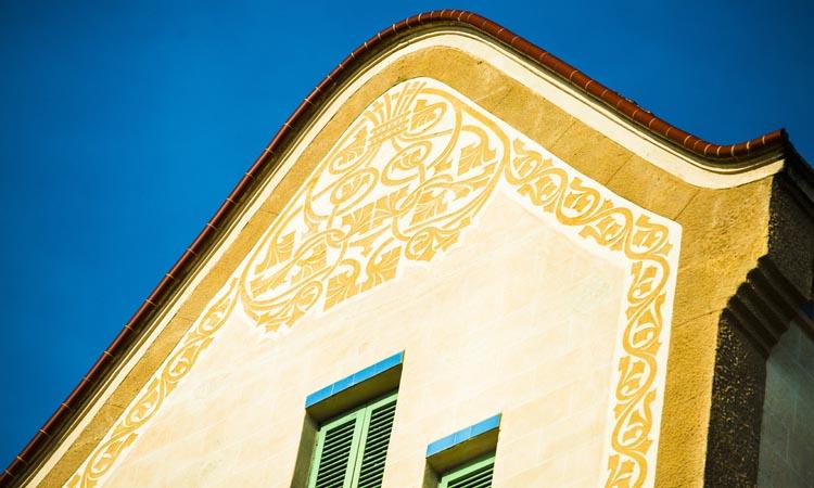 La Vil·la Hèlius o Casa Grané: esclat de modernisme i esgrafiats florals
