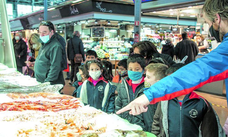 Nens mercat Barcelona